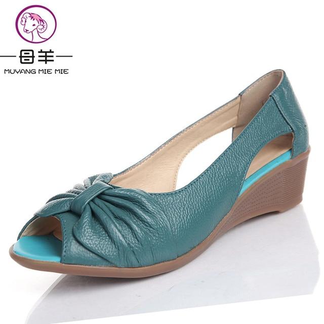 441c849d0e24 2018 Летняя женская обувь из натуральной кожи Босоножки на платформе с  открытым носком для мамы клинья