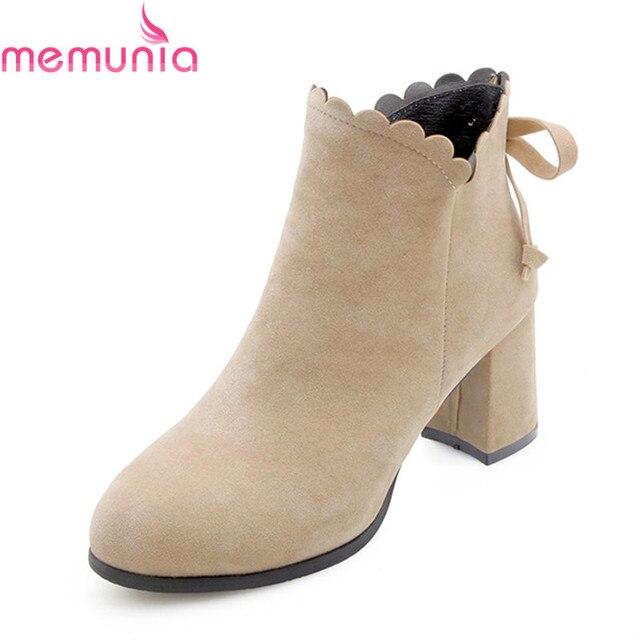MEMUNIA MỚI đến năm 2018 khởi động thời trang với bướm hôn ngọt ngào giày chân tròn dày gót giày rắn phụ nữ của mắt cá chân khởi động