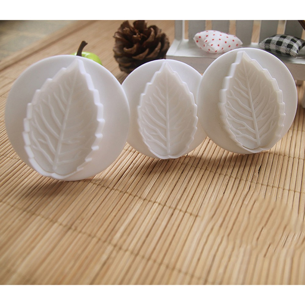 3Pcs Set Christmas Rose Leaf Cake Icing Fondant Plunger Cookie Cutter Pastry DIY Mold Sugarcraft Cake Decorating Tools in Baking Pastry Tools from Home Garden