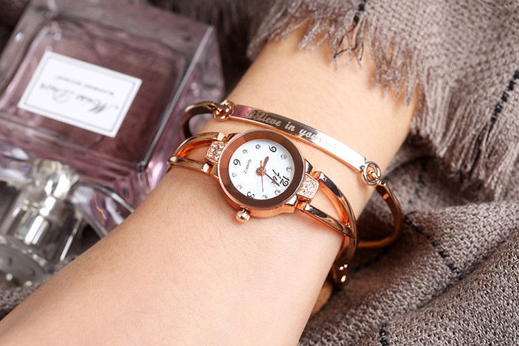 Luxury Rhinestone Watches Women Stainless Steel Quartz Bracelet Watch