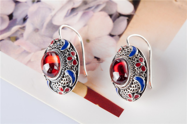 KJJEAXCMY Thailand and the pure manual S925 pure silver Thai silver agate garnet female money eardrop restoring ancient ways