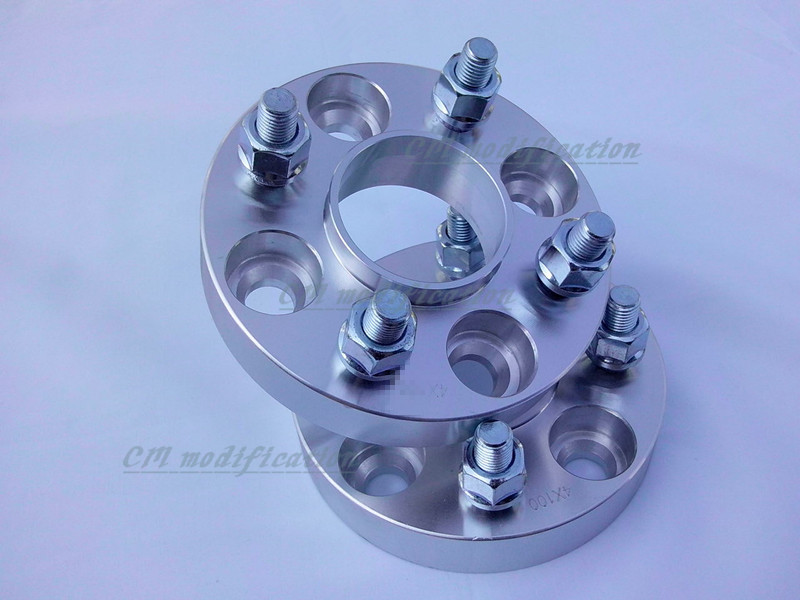 A pair of (2) 4 x4. 5 (114.3 mm), the center hole is 66.1 mm, wheel adapters, spacers, suitable for nissan series 2 a pair of 6 x 5 5 139 7 mm the hole is 108 mm the wheel adapters spacers suitable for toyota rand cool luze 80 series
