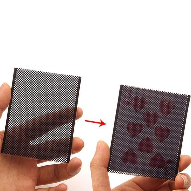 Divertida tarjeta negra desvanece ilusión cambiar juguetes escenario truco mágico Utilería de plástico intercambio de gama cercana Poker Magic Props