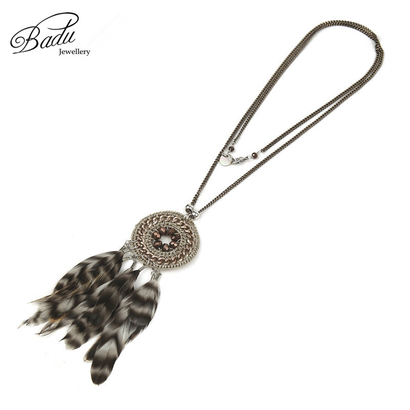 Badu Handmade Thin Long Chain Round Pendant with Feathers Indian Vintage Necklaces for Women Christmas Jewelry Gift Party Winter