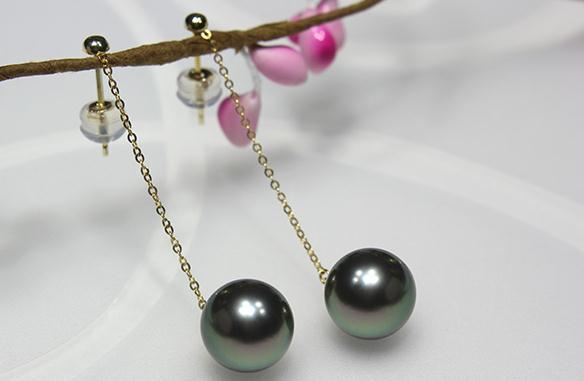 elegant paif of 10-11mm black green Tahitian round pearl earring 18kelegant paif of 10-11mm black green Tahitian round pearl earring 18k