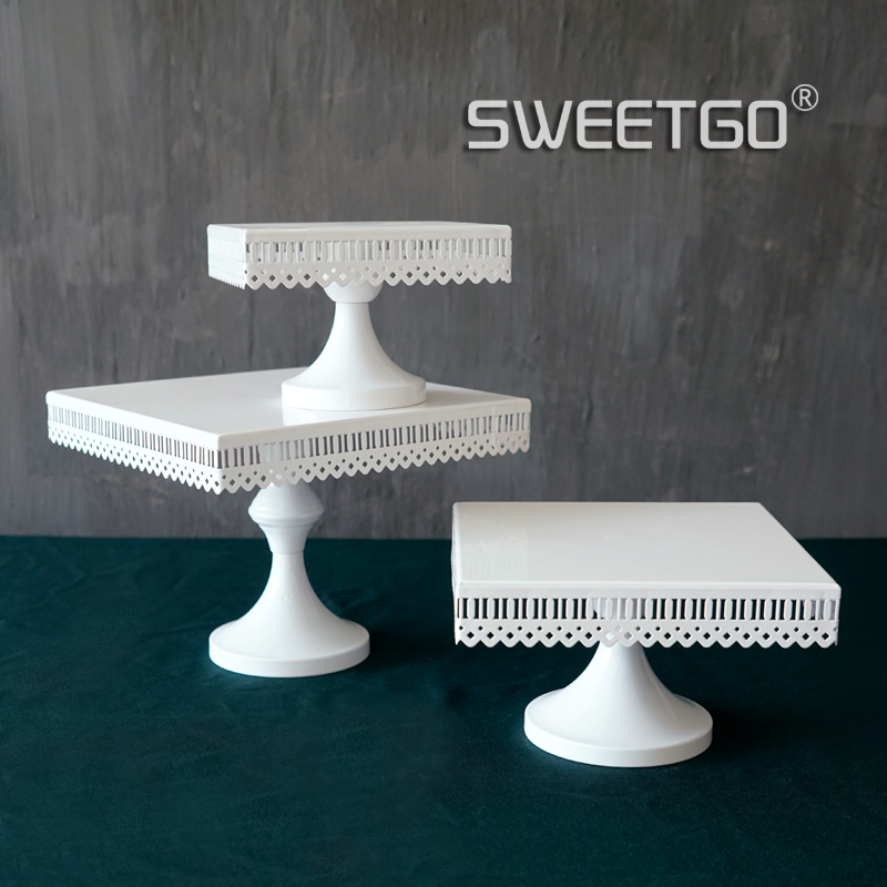 SWEETGO kvadrātveida kūka stāv balts dzelzs metāla kūka instrumenti augstas kvalitātes kāzu galda decoator mājas apdare bakeware konfektes bar