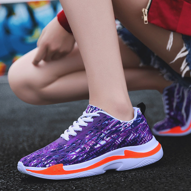 Summer new men's shoes 2019 sneakers Couple Lace-Up led light casual shoes fashion colorful flash shoes breathable Sneakers