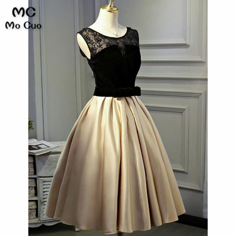 2018 Vintage Short Graduation Homecoming Dresses with Lace Bow Lace Up Back Cocktail Party Dress Short for Women