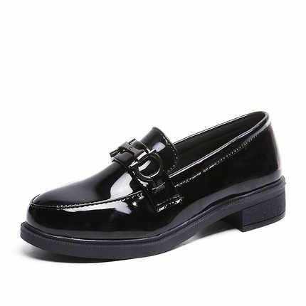 Schuhe frauen 2019 mode neue wilden frühling und herbst kleine schuhe retro patent leder England schwarz einzigen schuhe