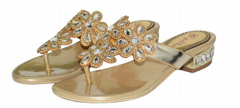 big size 34-44 women 2016 low heeled flip flops flat ladies sandals crystal luxury rhinestone flowers woman summer casual shoes big size 34 44 hot 2016 gladiator sandals for women bohemia beaded summer rhinestone flower flat heels flip flops sandals shoes