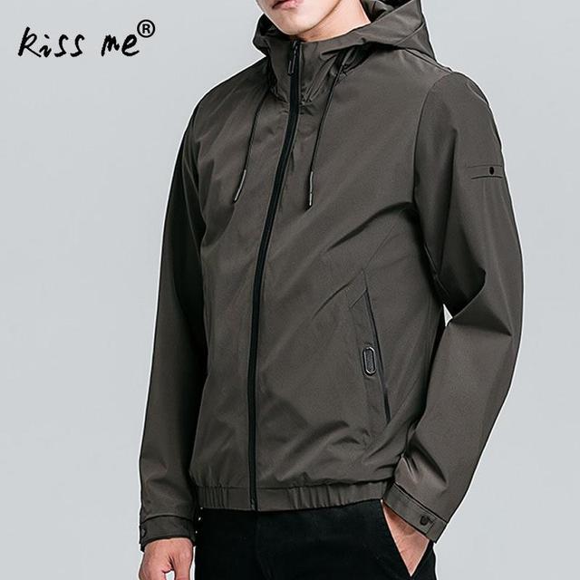 Los hombres al aire libre senderismo chaquetas con tapa Siamés más tamaño  Patchwork Hombre Ropa deportiva con capucha abrigos Camping Trekking esquí  ropa de ... 88f29672307