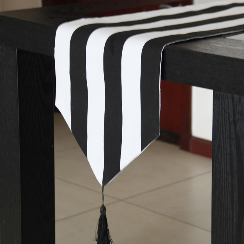 Wedding Decoration Table Runner Mariage Black and White Striped Table Runners Home Hotel Dustproof Table Cloth Party Supplies