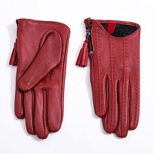 Image 4 - Dame Kurz Stil Aus Echtem Leder Handschuhe Herbst Winter Dünne Samt Gefüttert Fahren Quaste Zipper Frau Schaffell Handschuhe TB80