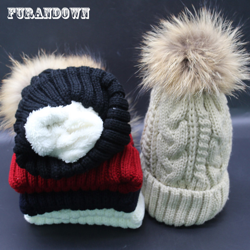 2017 New Winter Pompon Beanies Cap Women Real Raccoon Fur Hat Thick Knitted Fleece Liner Caps Warm Russian Hats 18cm natural raccoon fur pompon hat thick womens winter hat caps female skullies knitted beanies new thick female cap