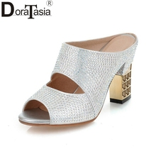 купить DoraTasia  2017 Big Size 34-43 Crystal Uper Peep Toe Woman Sandals Sexy High Heels Slip On Sliver Black Gold Women Shoes по цене 2326.36 рублей