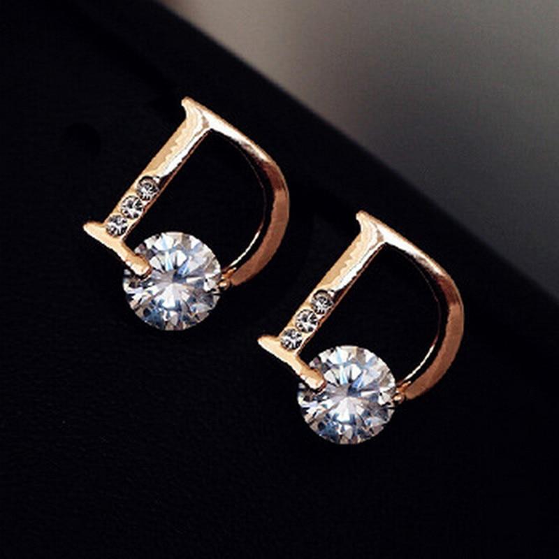 2018 Direct Selling Acrylic Brincos Brinco New Arrival Asymmetric Letter D Zircon Earrings Zinc Alloy Women Trendy Stud E270