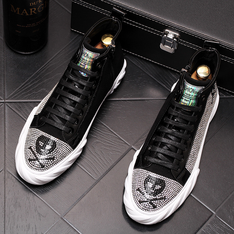 New luxury designer Graffiti pirate skull rhinestones high tops shoes Causal Flats Moccasins Male Rock hip hop shoes For Man