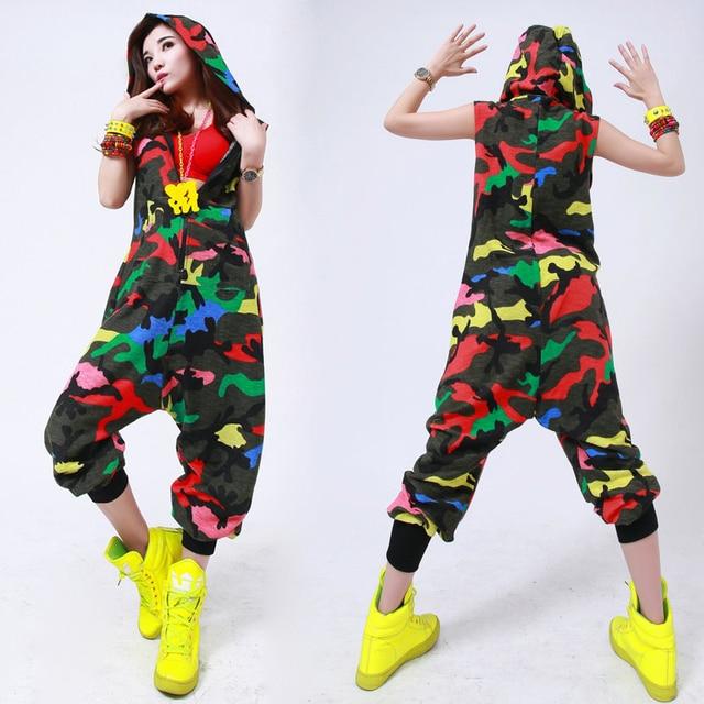 90c818f8c28b4 Nova moda Hip Hop Traje De Dança jazz desgaste desempenho Europeia solto  harém leopardo Camuflagem macacão
