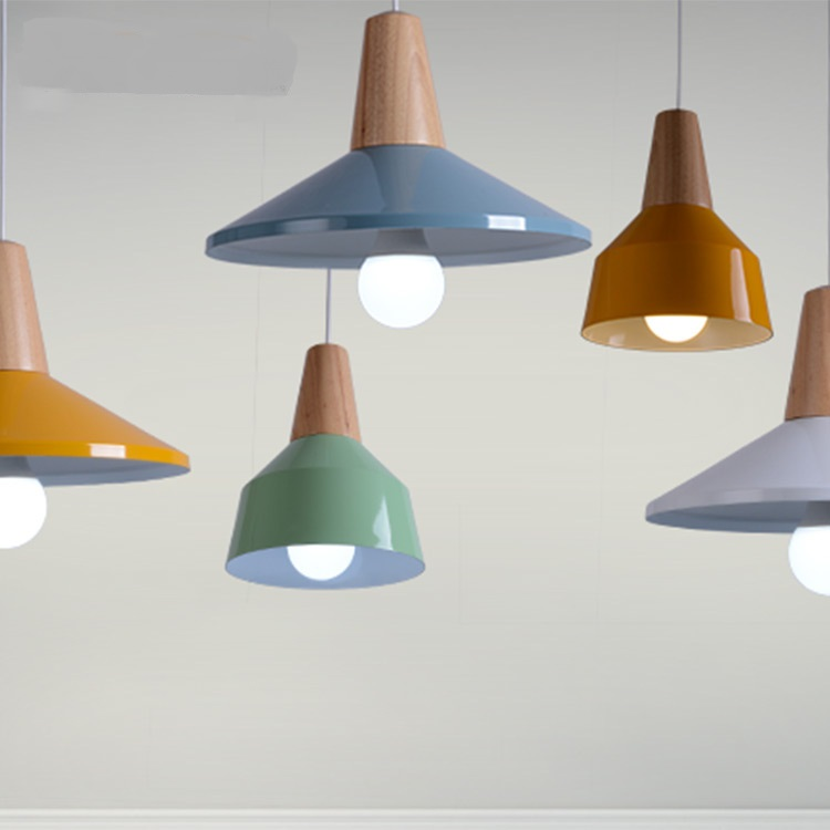 Manufacturers selling modern minimalist wooden aluminum pendant light living room single head lamp creative restaurant creative european country wood chandeliers artistic for living room decoration modern minimalist style wooden e27 pendant lamp