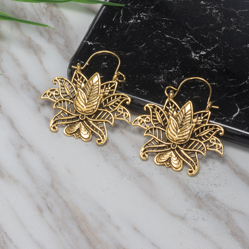 Tocona Vintage Silver Gold Earrings For Women Carving Flowers Heart Geometric Fashion India Jewelry Accesorios Mujer 3919