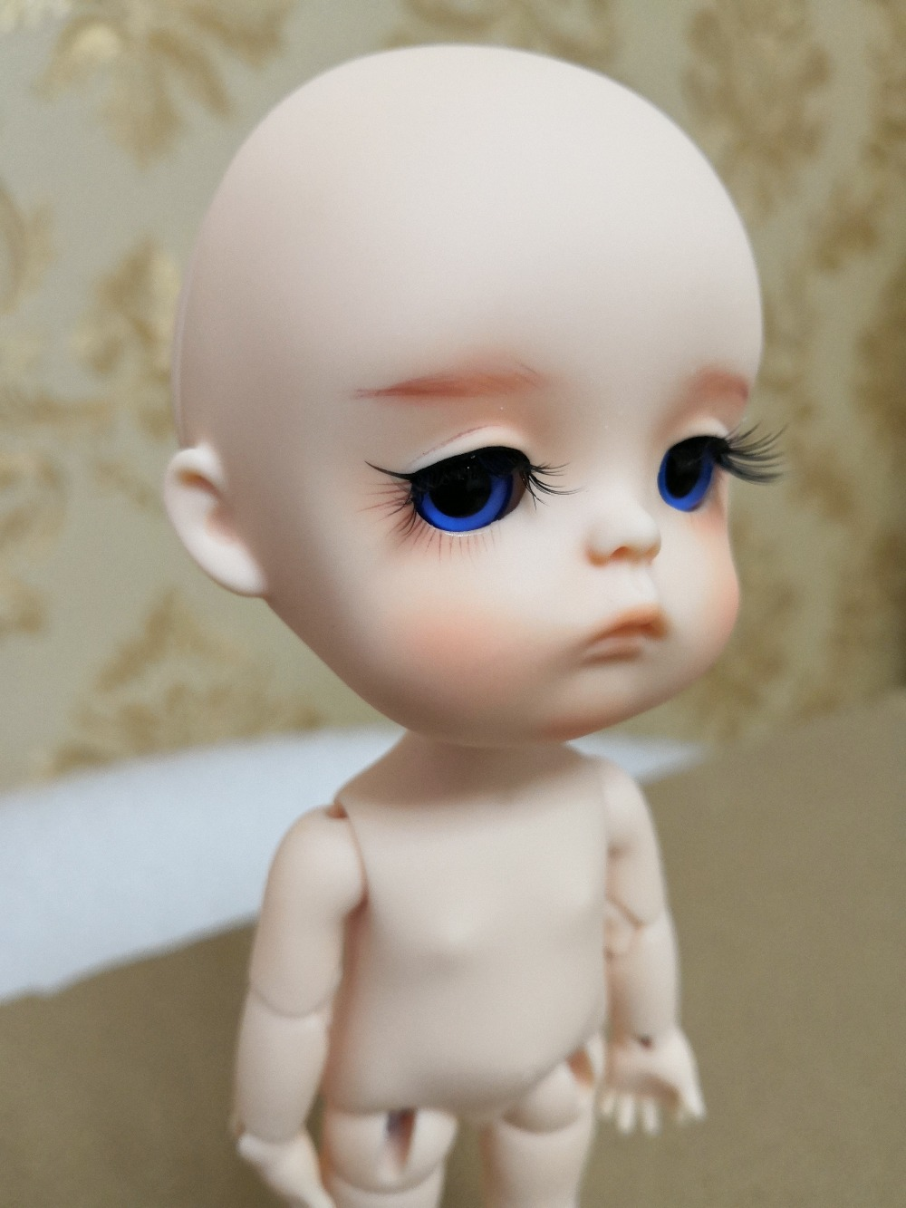 Free shipping 1 8 Mong bjd doll with eyes have two style body