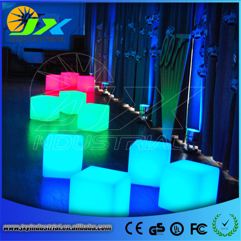 ФОТО 40cm Rechargeabe Cordless Outdoor Garden Decorative LED Cube Stool Waterproof Patio Plastic Chair