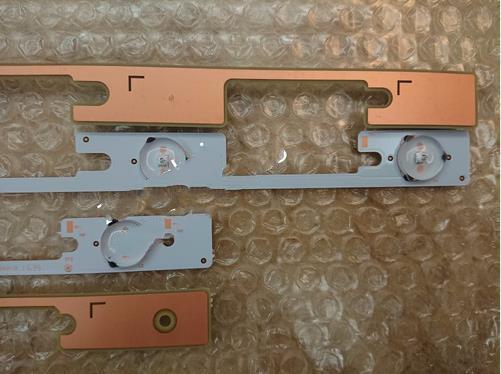 Original 16 PCS(8X4 LEDS+8X3 LEDs) LED Backlight Bar For KONKA LED32F1100CF 35019911 35019908