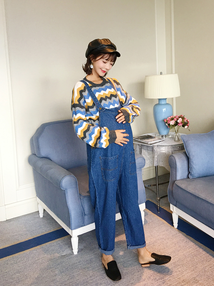 Pregnant women autumn suit fashion models 2018 new denim wide leg pants pregnant women shirt striped sweater classical straight leg denim pants