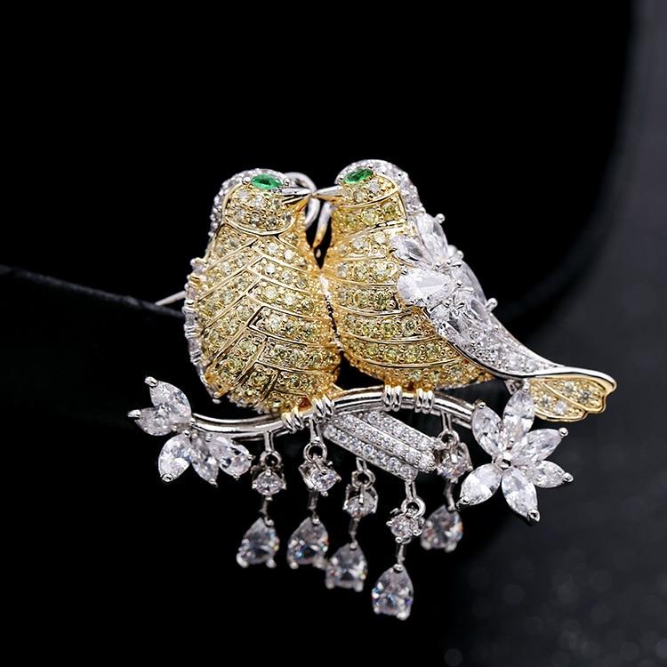 Yellow Cubic Zirconia Vintage Brooch Rhinestone Pendant Double Love Birds Animal Crystal Bird Brooch for Women Suit Scarf X464