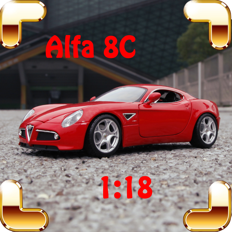 New Year Gift Alfa 8C 1/18 Model Metal Vehicle Collection Toys Static Diecast For Men Fans Present Luxury Package Simualtion Toy new year gift gallargo 1 18 large model metal car metallic scale simulation diecast alloy collection toys vehicle present