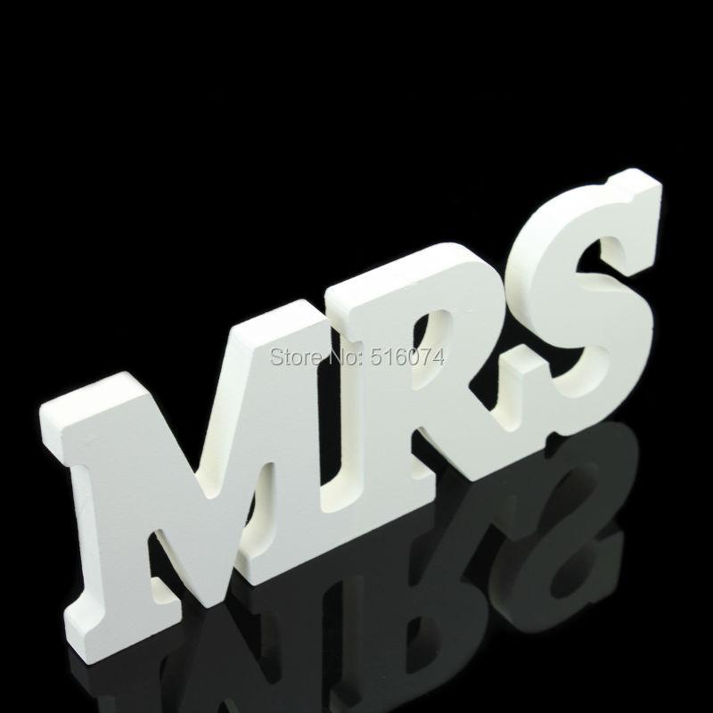 Купить с кэшбэком Hot sale 1 set  Vintage MR & MRS Wedding Decoration Banner Wedding Paper Craft Photo Props Just Married Garland Marrage Home
