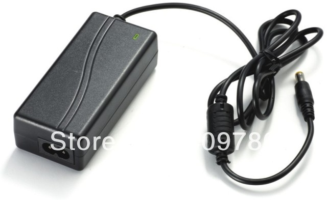 30 STÜCKE 12V3A Hohe qualität IC programm, 12 V 3A 36 Watt Led Netzteil für 5050/3528 SMDLED Licht DC stecker 5,5mm x2.1mm 2,5mm
