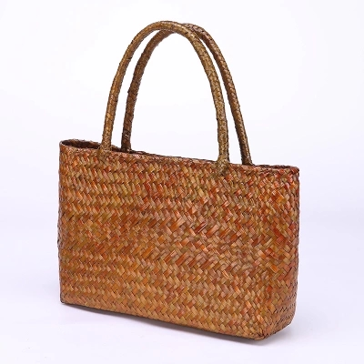 2017 New Thai Straw Bag Single Shoulder Beach Rattan Package Holiday Handbag Handmade Seaweed Woven In Top Handle Bags From Luggage On