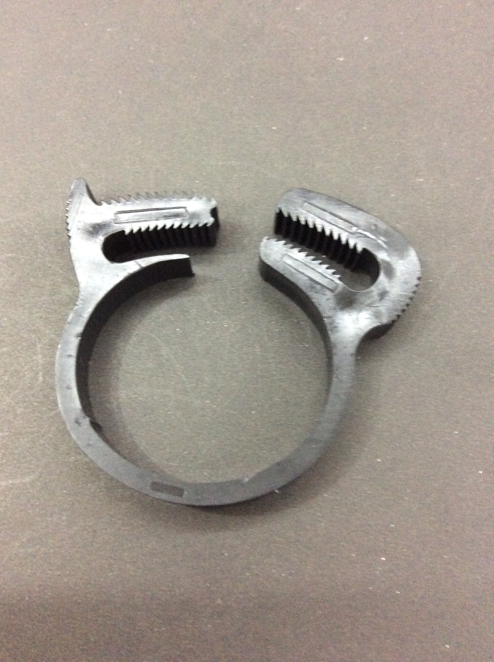 Online buy wholesale plastic double pipe clamp from china