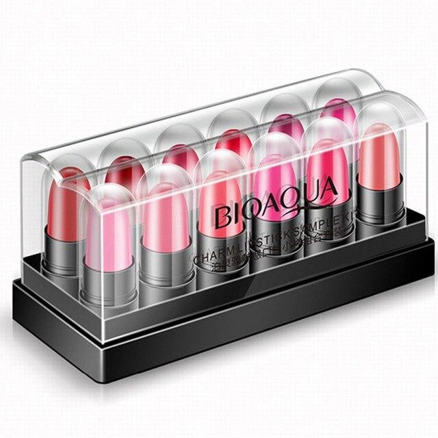 12 adet/kutu Mini kadın nemlendirici ruj seti kutusu uzun ömürlü su geçirmez çıplak ruj çok renkli güzellik dudak sopa