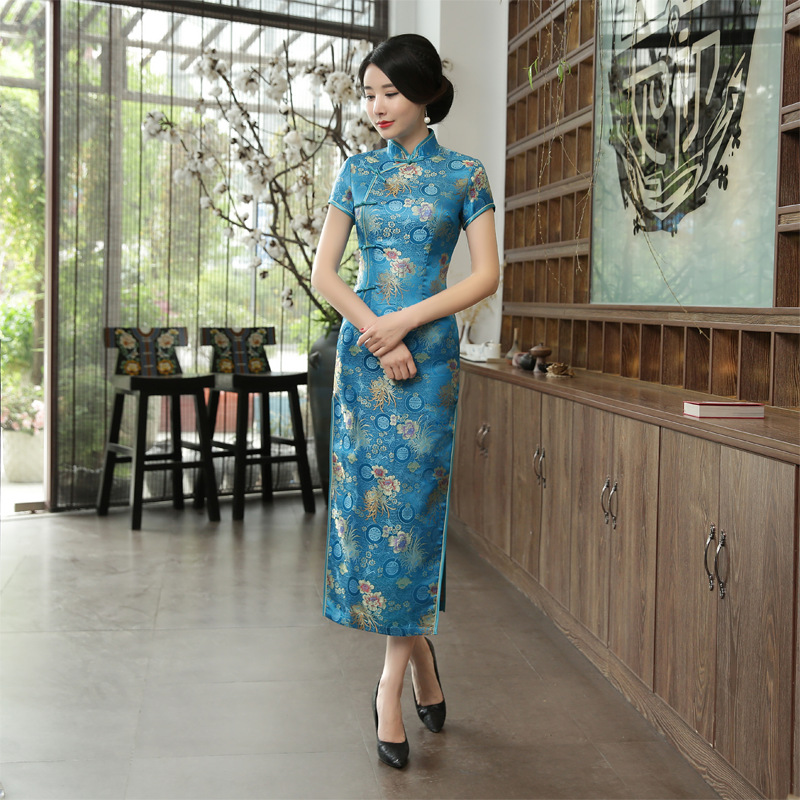 Hot Sale Blue Silm Rayon Chinese Traditional Female Qipao Handmade Button Sexy Short Sleeve Novelty Long