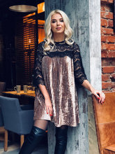 2018 Spring Sexy Fashion Lace Patchwork Pleated Dress O-neck Velvet Short Dress Plus Size Loose Women Clothing Vestidos