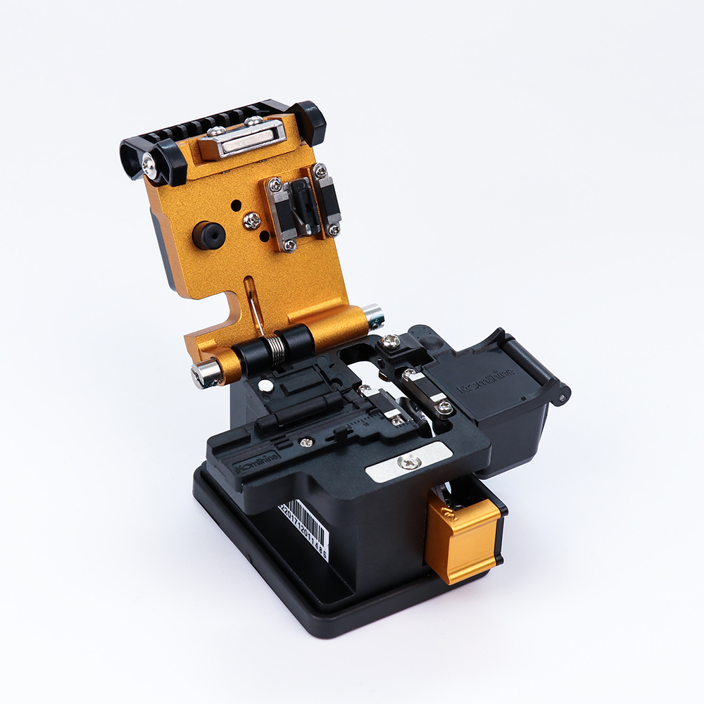 FTTH Fusion épisseuse outil Fiber optique couperet Komshine KF-52 pour Fiber optique câble coupé avec 48,000 couvres