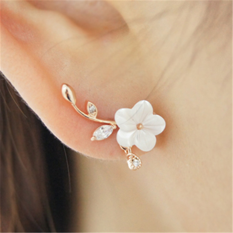 Hot Sale Leaf Shell Flowers Stud Earrings Fashion Small Fresh Silver Needle Hypoallergen ...