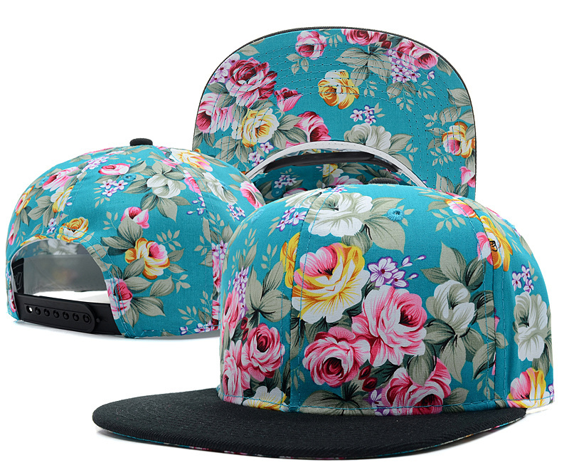 Flowers and patterned baseball cap Hat multicolor trend style wholesale  outdoor Hat leisure hats free shipping blank snapback -in Baseball Caps  from Apparel ... 8fd0ac1050d
