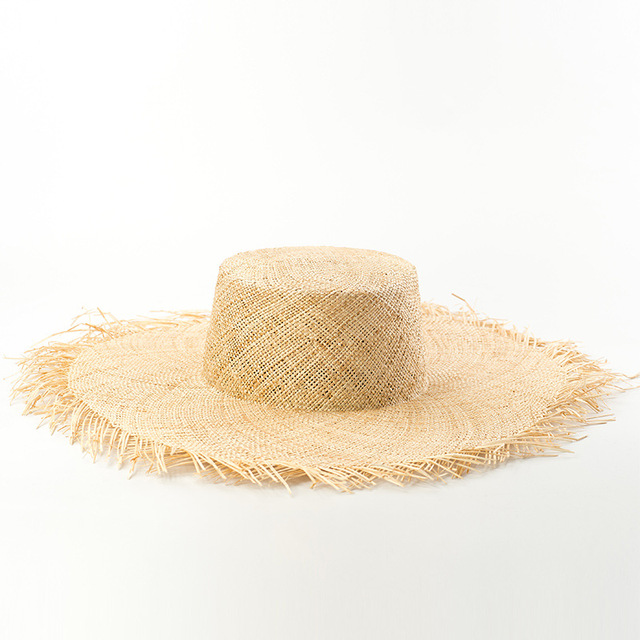 c0944c442 US $36.61 28% OFF|Bao Straw Hat for Women Summer Beach Sun Hat 2018 Fashion  Trend Boater Hats with Frayed EdgesTop Quality Bucket Hats681012-in Sun ...