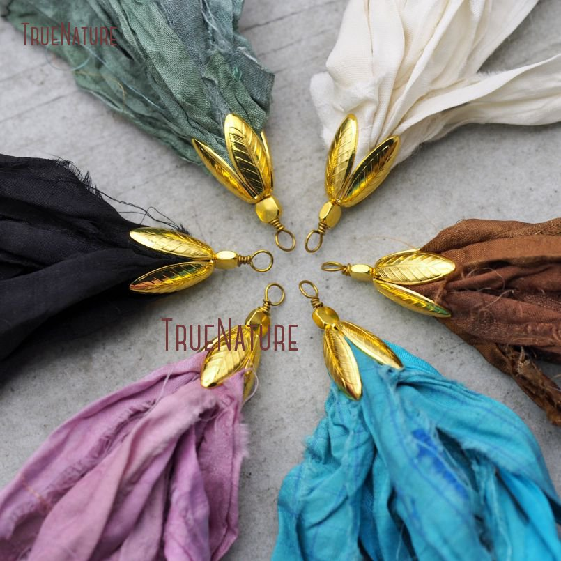 Hot Sale Boho Jewelry Antique Gold Cap Long <font><b>Silk</b></font> <font><b>Tassel</b></font> Pendant Colorful <font><b>Sari</b></font> <font><b>Silk</b></font> <font><b>Tassel</b></font> Charm For Necklace In 6.5 inch PM9005 image