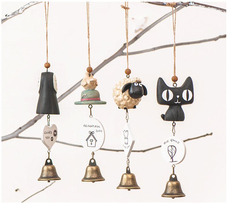 Simple life vintage home decor creative cartoon animals wind chime bar wedding decoration