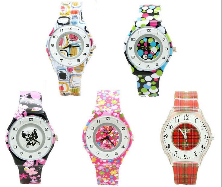 Quartz Women Willis Brand Waterproof Watches Round Dial Analog Flowers butterfly Resins Wrist Plastic Fashion Watch Band 0940 new fashion women retro digital dial leather band quartz analog wrist watch watches wholesale 7055
