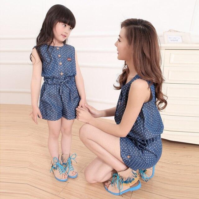 Estate 2016 Vestiti Per Madre e Figlia Abbigliamento Per Bambini Famiglia  Femmina Moda Casual Denim Tuta b390eeab208