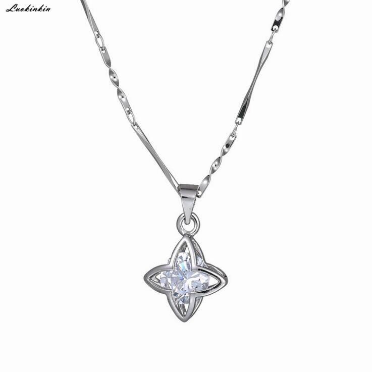 new star rhinestone pendant necklace simple silvery elegant women chain necklace in jewelry Korean fashion 2019