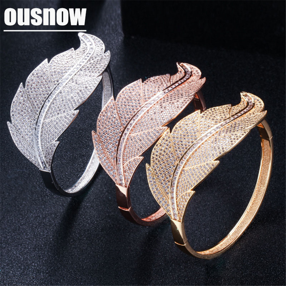 New fashion simple temperament big leaf bracelet Micro inlaid zircon ladies bracelet jewelry wholesale New fashion simple temperament big leaf bracelet Micro inlaid zircon ladies bracelet jewelry wholesale