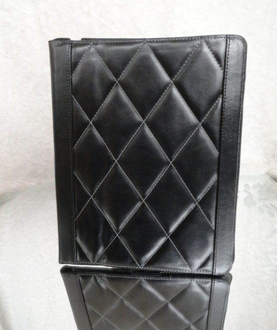 NEW STAND LEATHER COVER FOR iPAD 3 FLIP LEATHER CASE ; Gift screen protectors +stylus touch pen