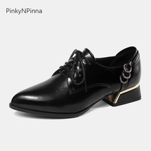 купить 2019 new women oxford shoes genuine cow leather lace up pointed toe square heels crystal metal ring preppy style office pumps по цене 1818.85 рублей