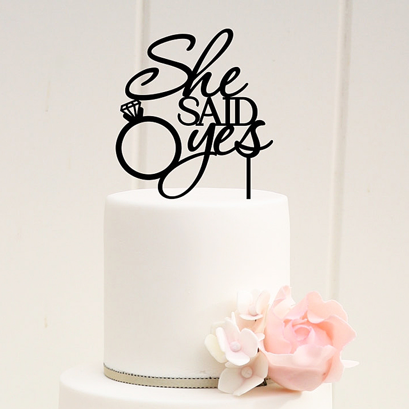 How Do I Store My Wedding Cake Topper